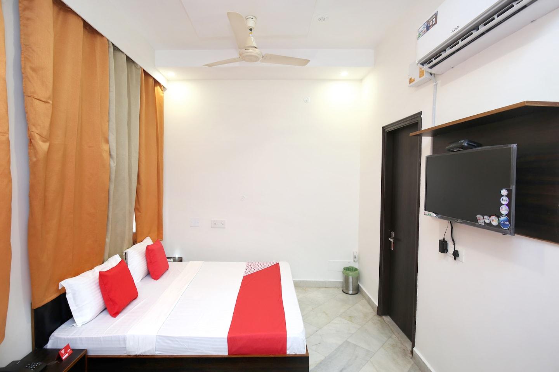 OYO 16960 Atithi Residency -1