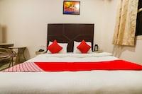 OYO 16978 Hotel Sterling Inn