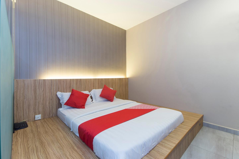 OYO 340 Comfort Hotel -1