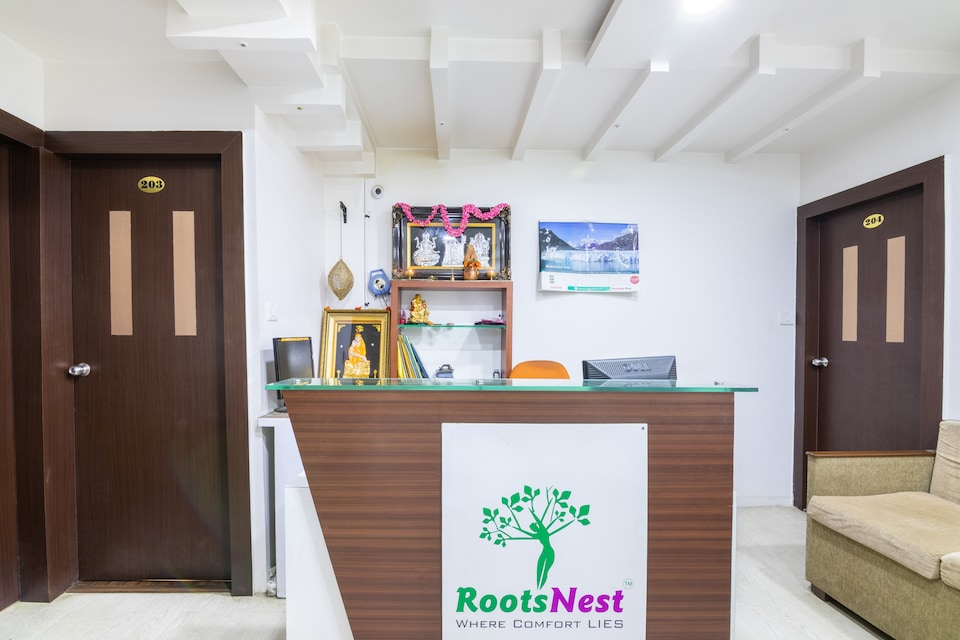 OYO 17018 Roots Nest