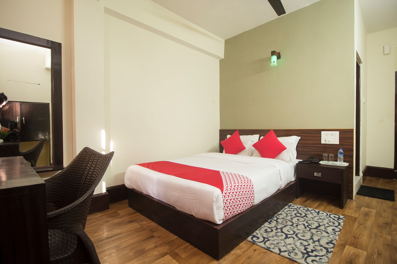 OYO 17039 Hotel Omkar -1
