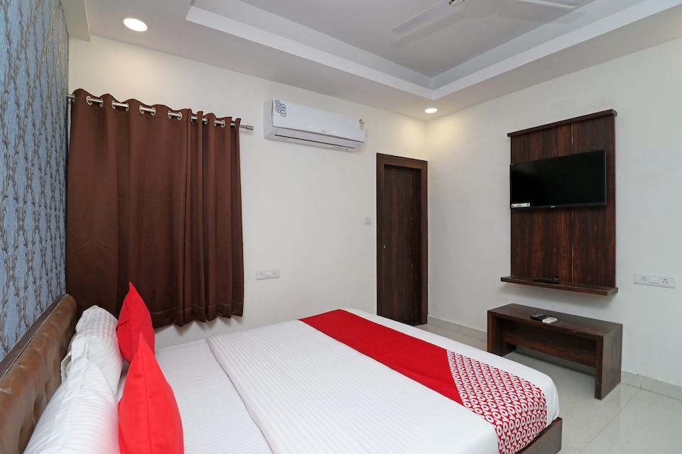 OYO 17043 Hotel Ocean Pearl