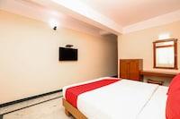 OYO 17056 Hotel Chandra Palace
