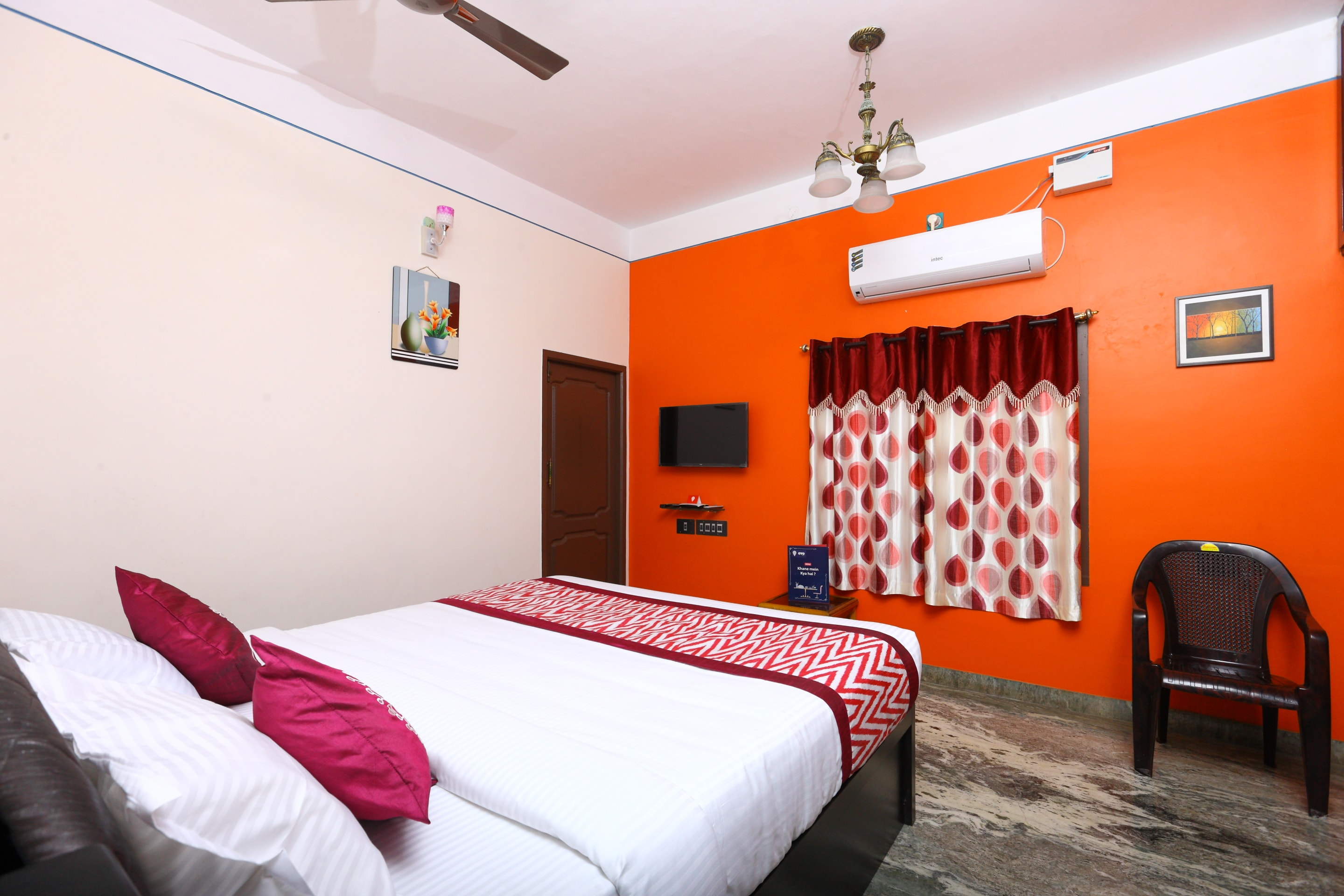 OYO Home 17062 Pleasant 1BHK