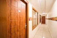 Capital O 17081 Hotel Signia