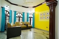 OYO Home 17083 Splendid Stay Near Gold Souk Grande Mall