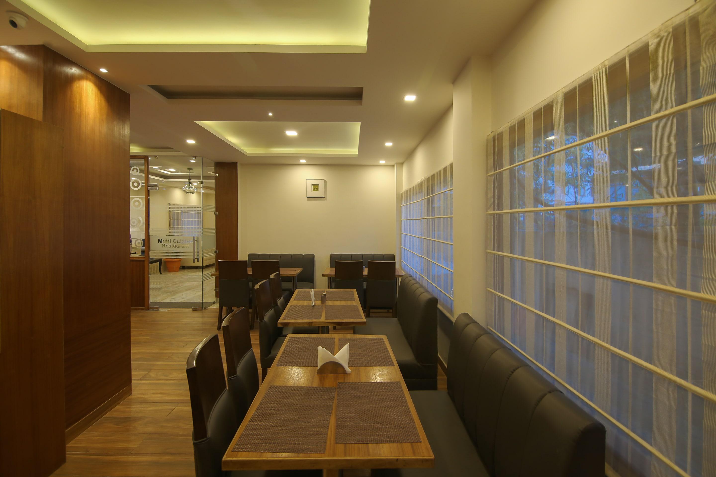 OYO 17099 Ambika Residency
