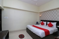 OYO 17111 Hotel Pritika Deluxe