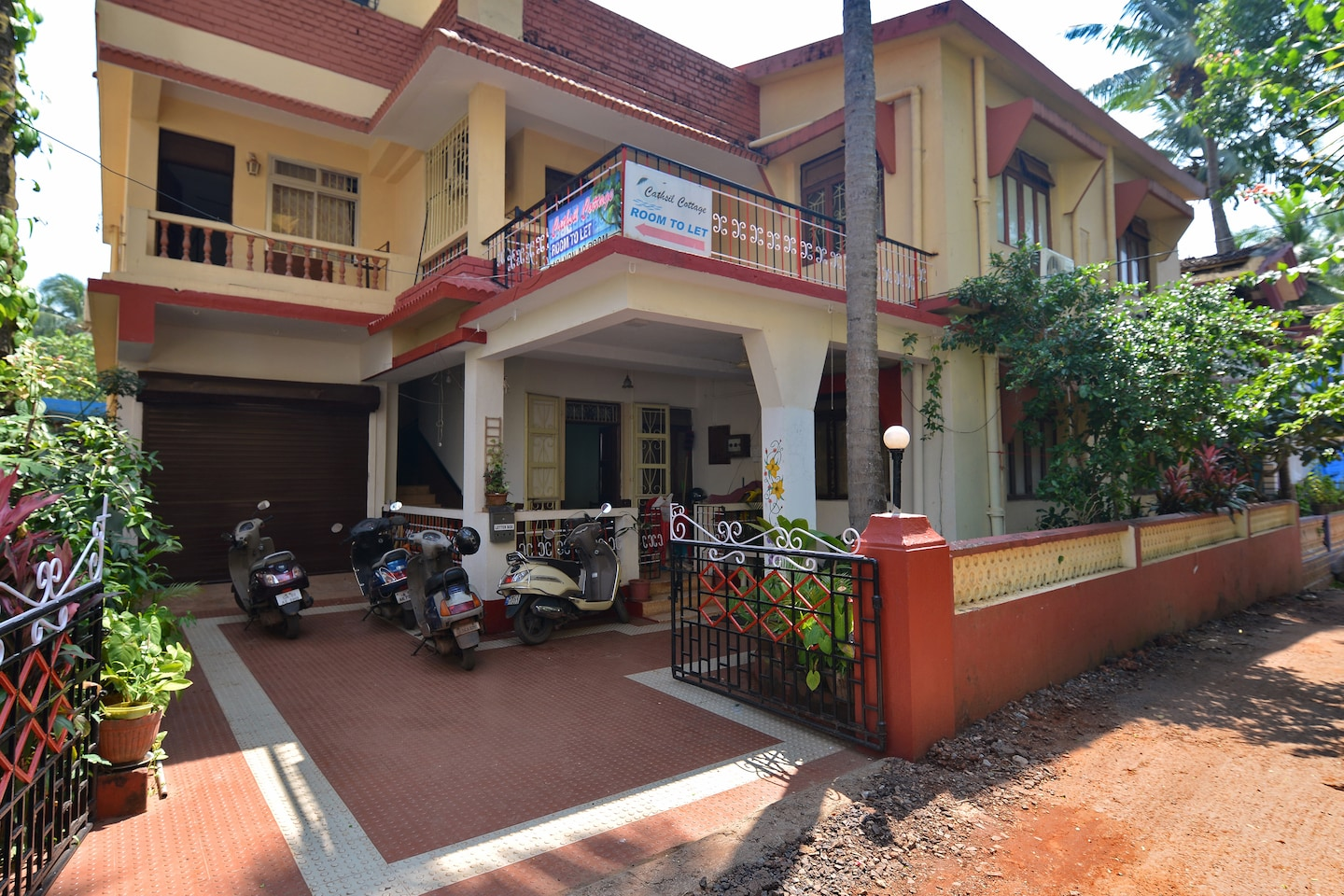 OYO 17163 Home Decent Studio Calangute -1