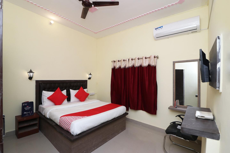 OYO 17171 Sandhya Guest House -1