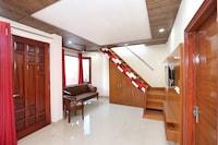 OYO Home 17174 Modern 2BHK Kumarhatti