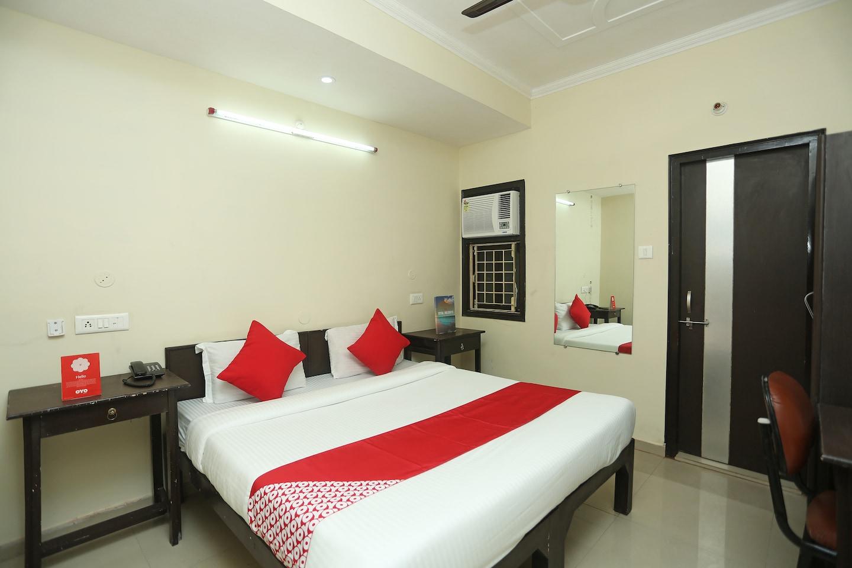 OYO 17185 Hotel Satyam Swagat -1