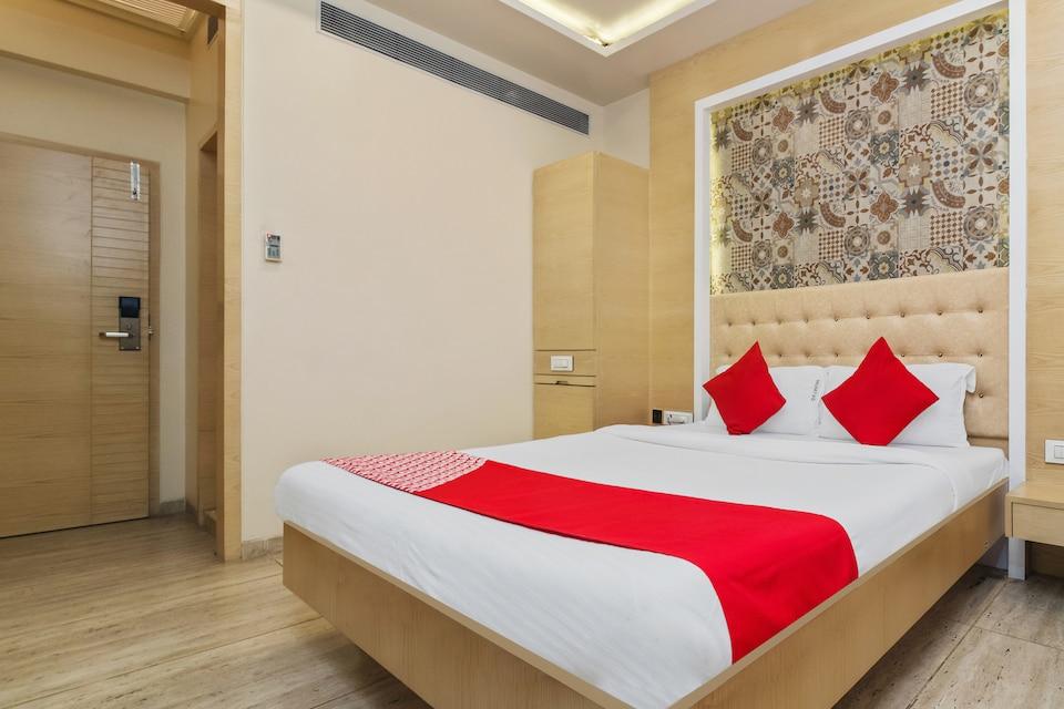 OYO Flagship 17200 Hotel Neelkamal Chembur