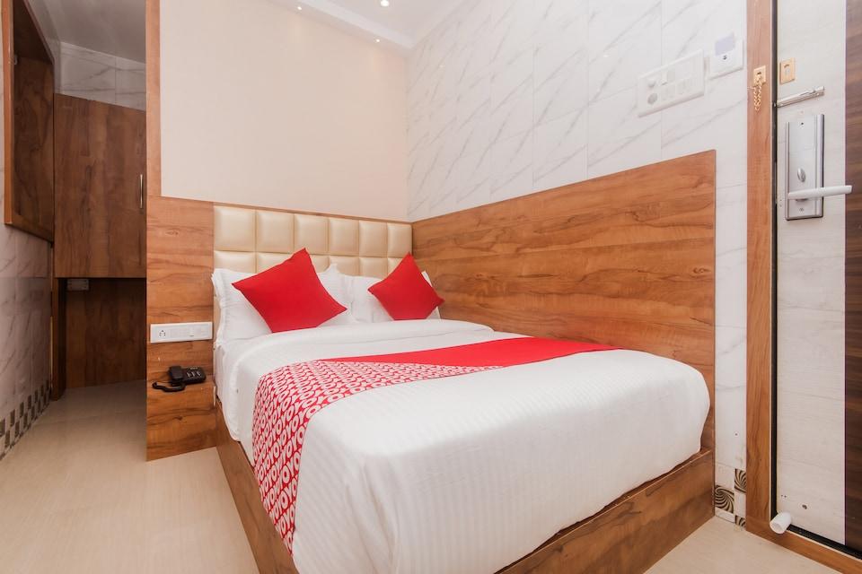 OYO 17202 Hotel Indore