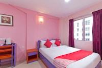 OYO 410 Brickfields Park Hotel