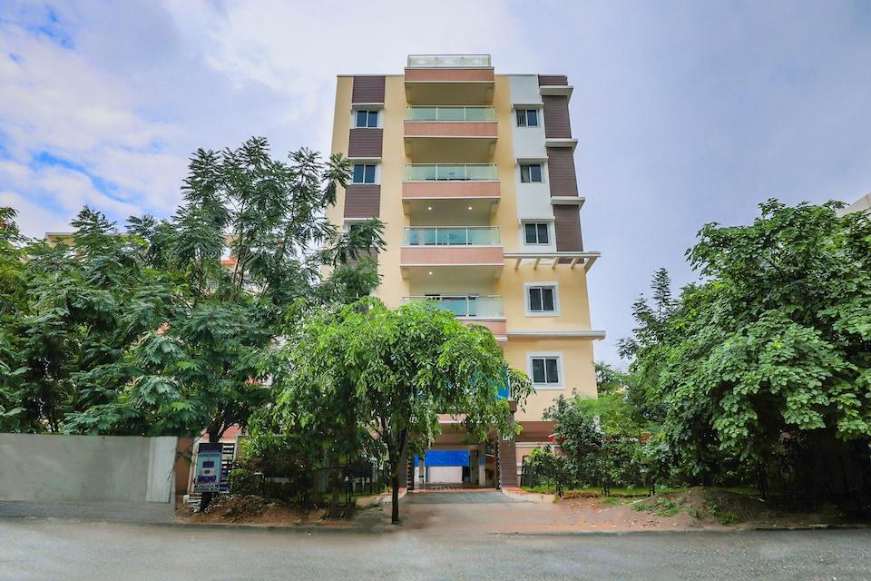 SilverKey Executive Stays 17209 Malikarjuna Residency Gachibowli