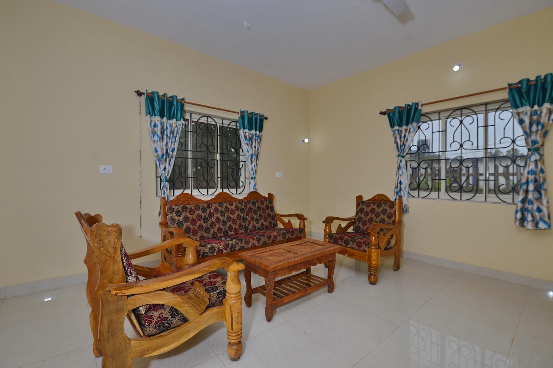 OYO 17239 Home Peaceful 1BHK Arambol -1