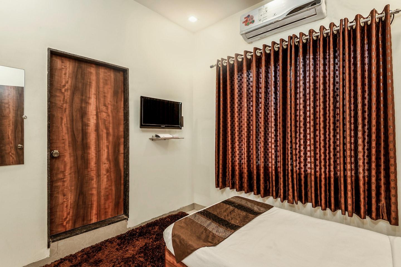 OYO 17270 Hotel Leo Pride -1