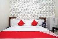 OYO 17280 Hotel Relax Residency