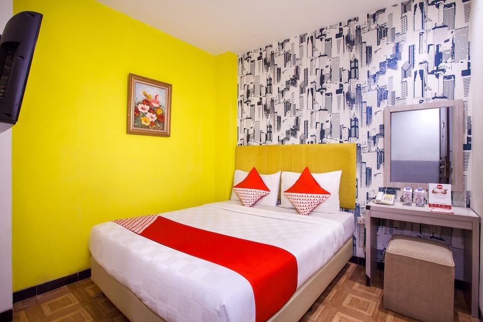 OYO 119 Belvena Hotel