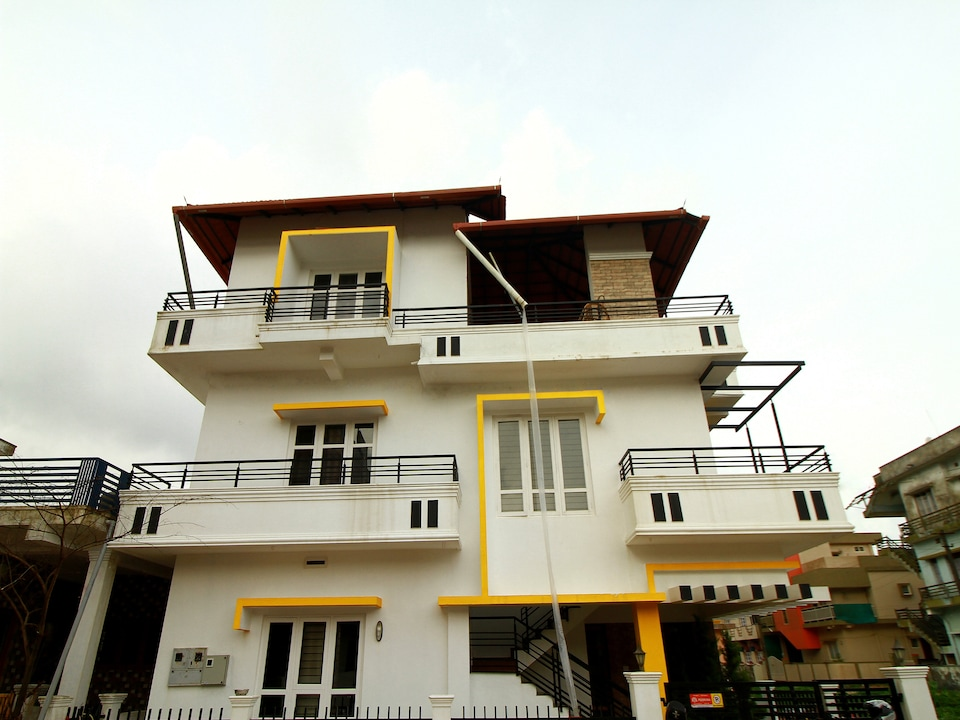 OYO 17311 Alaka Rester Home Stay