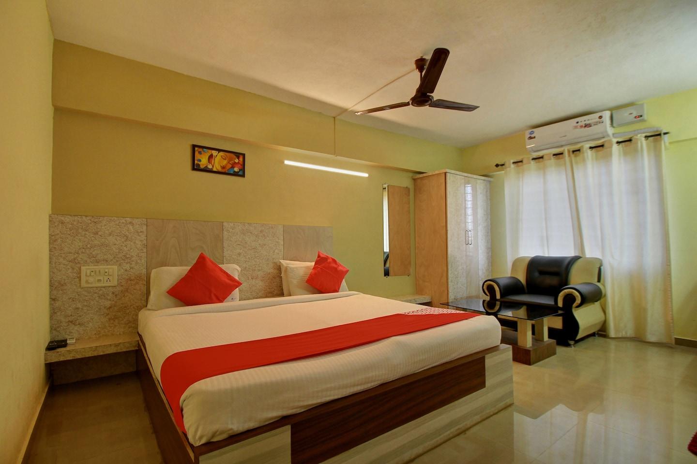 OYO 17320 Vijaya Residency -1
