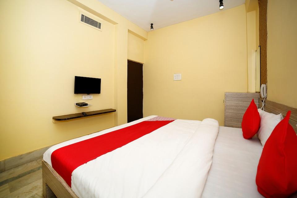 OYO 17326 Aashirwad Guest House