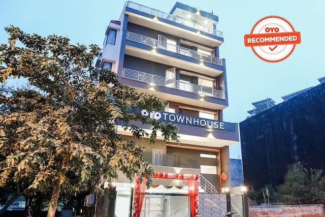 OYO Townhouse 279 Sector 23 Rohini