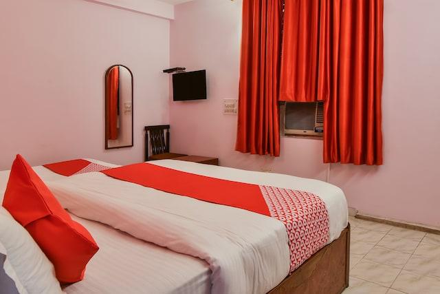 OYO 17346 Hotel Shree Ram Deluxe