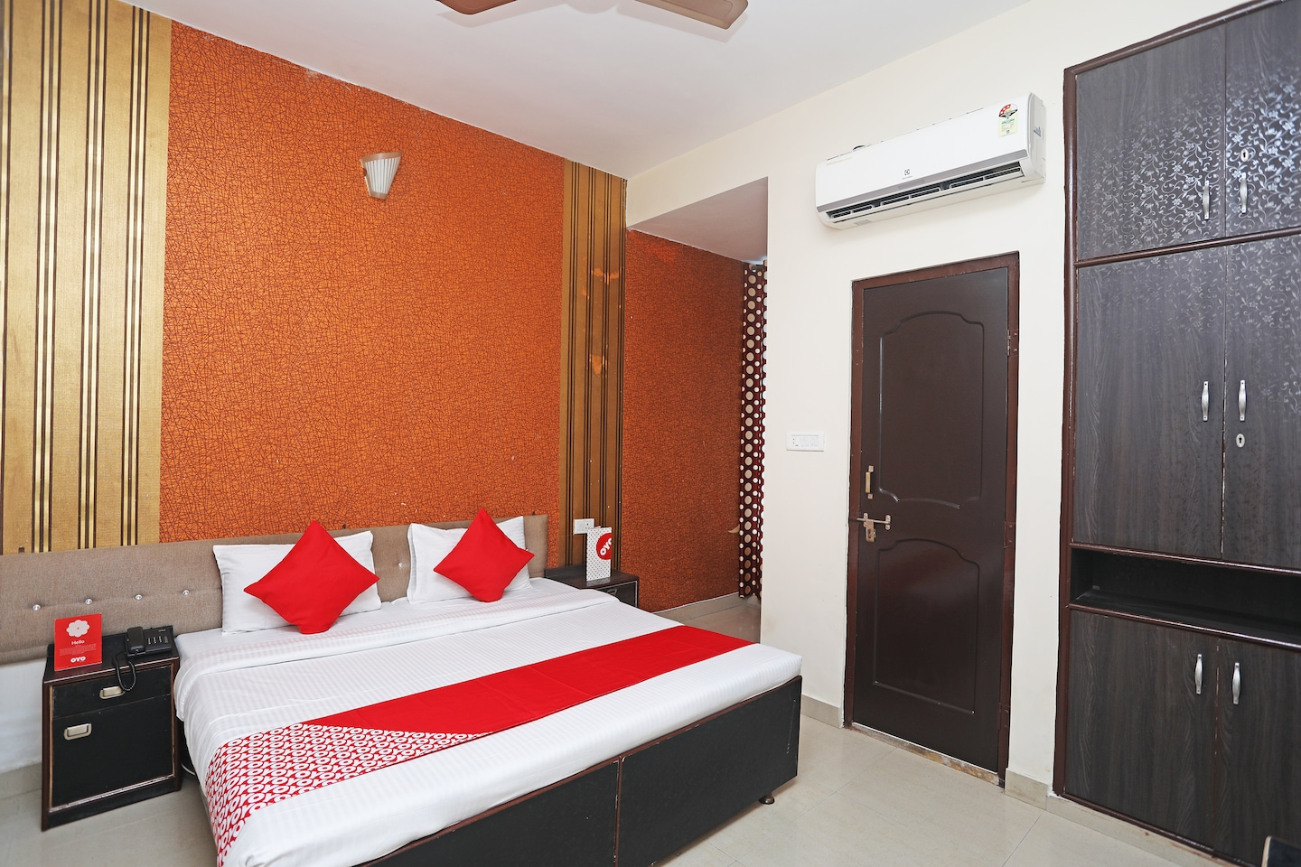 OYO 17357 Hotel Royal Touch -1