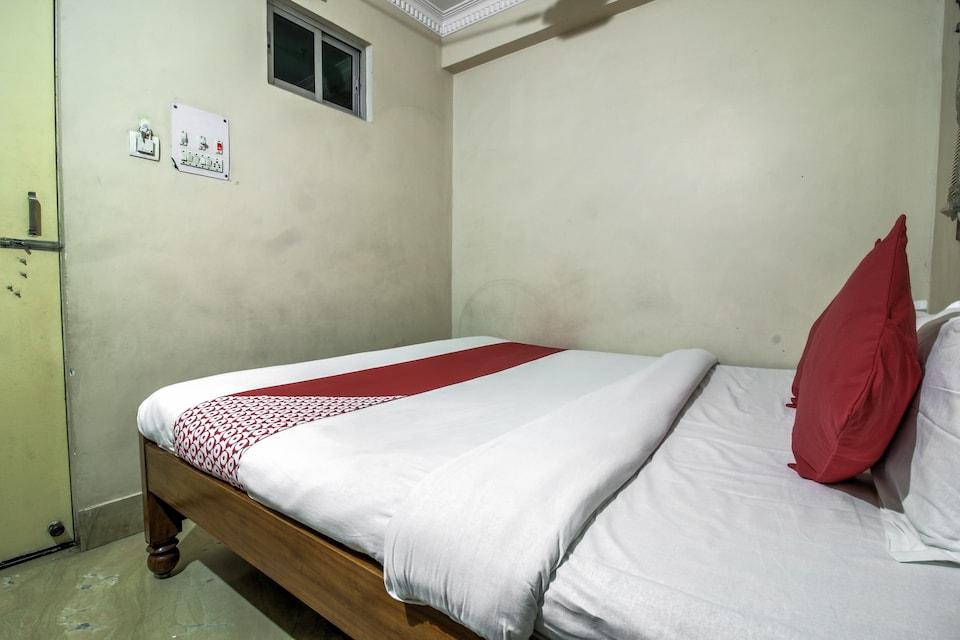 OYO 17367 Hotel Ashirwad