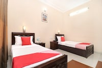 OYO 17381 Hotel City Look