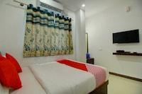 OYO 17386 Jaya Mourya Lodge Deluxe