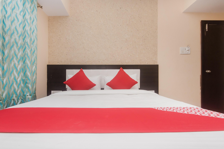 OYO 17391 Arya Residency