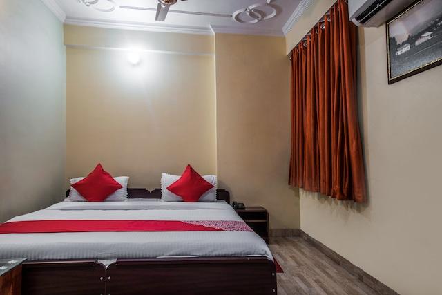 OYO 17395 Ananta Inn (unit Of A S International)