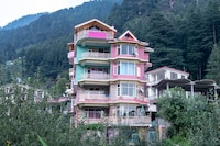 OYO Home 17399 Lush View Stay