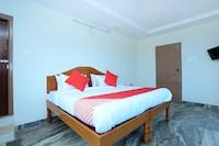 OYO 17423 Hotel Vishnu Ram