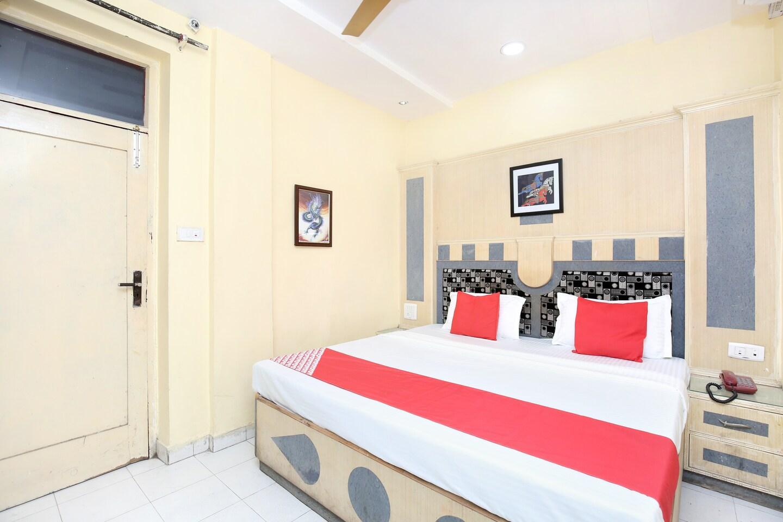 OYO 17430 Gulshah Hotel -1