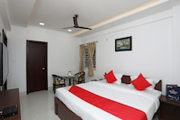 OYO 17435 The Pinnacle Home Stay Deluxe