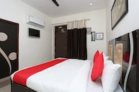 OYO 17443 Tirupati Residency