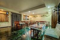 OYO 18320 Hotel Utsav