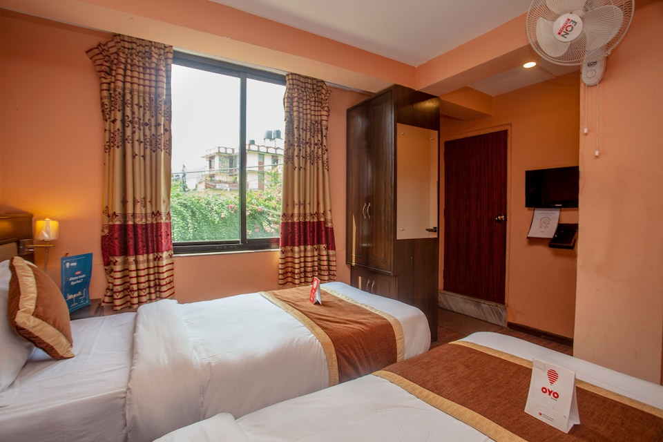 OYO 168 Divine Guest House