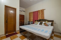 OYO Home 18397 Elegant Stay 1BHK IIPM