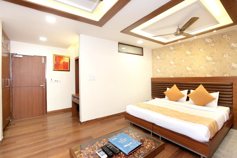 Oyo 2860 Hotel 24x7 Inn Oyo Rooms Jalandhar Book At 1465
