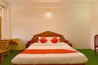 OYO 18411 Hotel Aarya