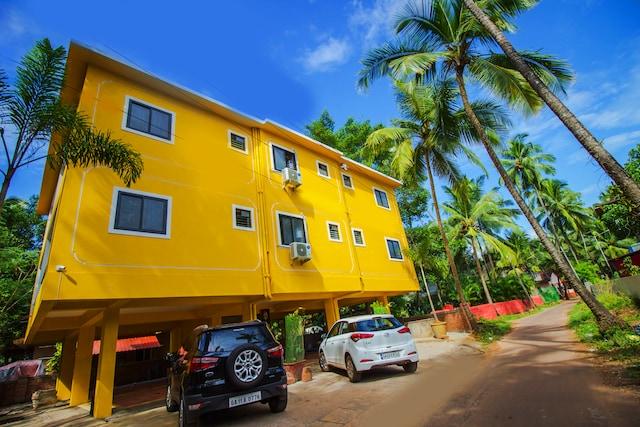 OYO 18414 Home Studio Near Saligao Circle