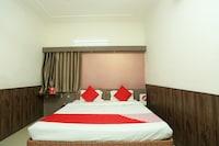 OYO 18429 Hotel Sai President Deluxe