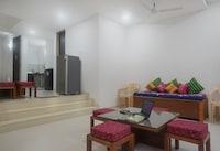 OYO Home 18437 Scenic Villa 2BHK