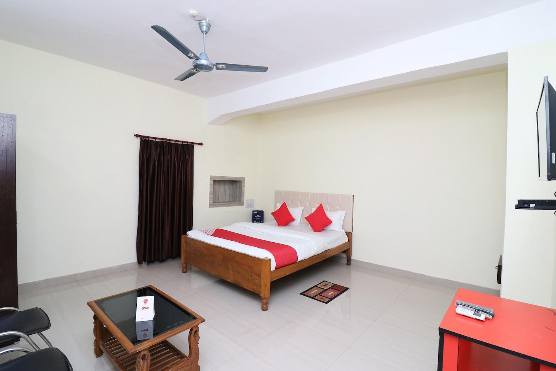 OYO 18508 Hotel Shreya -1