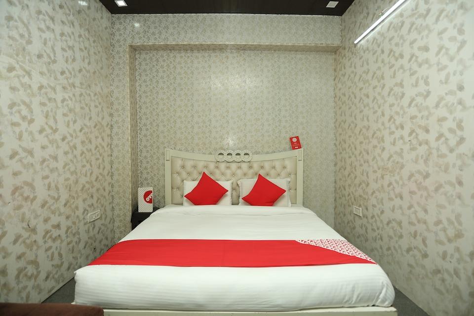 OYO 18530 Comfort Inn